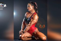 Valentina Mishina shows her body while working out