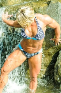 gallery of Canadian female muscle JULIE bourassa