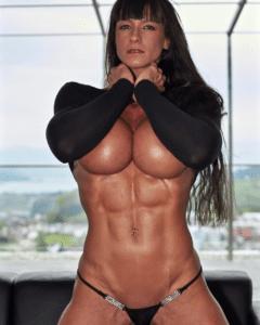 CIndy landolt sexy in bikini