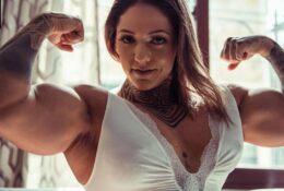 fbb hulda lopez biceps pose