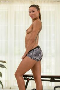 Fitness babe Cassie Del Isla