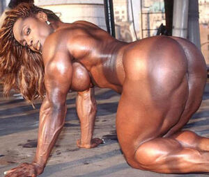 Ebony Massive And Nude Muscular