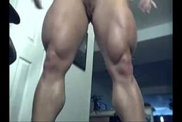 FBB babe with huge quads stripping