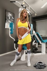 Hot Naked Workout with BRANDI LOVE