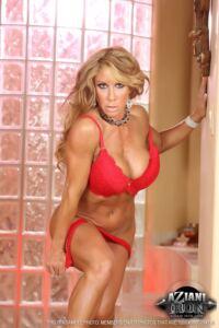 FARRAH DAHL Sexy Muscle MILF lingerie striptease