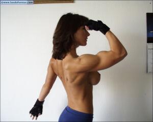 Nude Muscle LAND OF VENUS