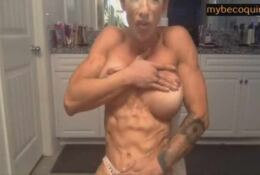 Sexy and muscle girl pose on her cam