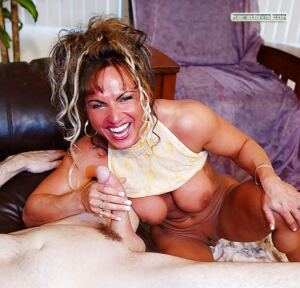Rhonda Lee Blow a fat cock