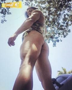 HOT SEXY Female Muscule SUZY KELLNER