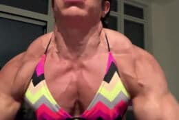 Powerful Traps explosion with vascular shoulder
