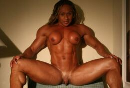 Nude Female Bodybuilder BIG  Clit