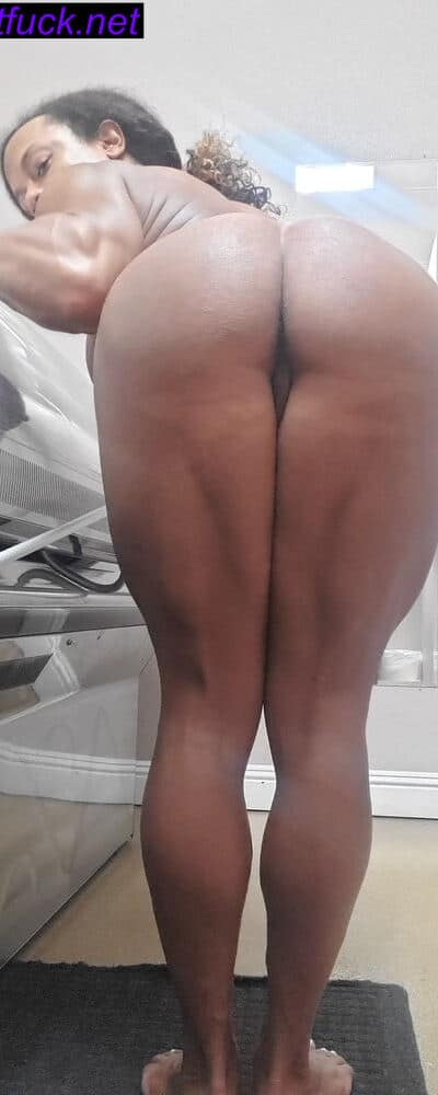 fbb muscle legs bend over