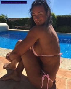 sexy fit big boobed cindy landolt