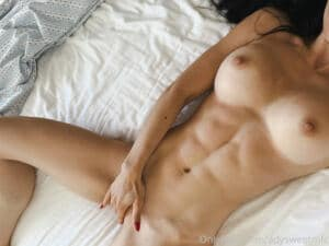 naked fit hardbody ADY SWEET