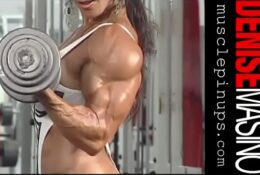 Denise Masino – Sexy posing and workout for biceps